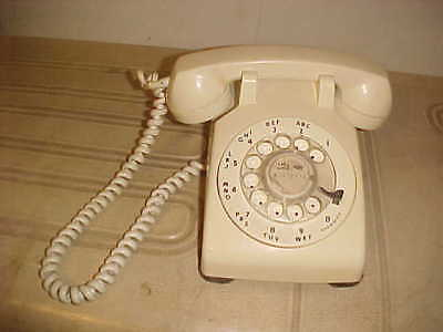 1970s WHITE BELL SYSTEM WESTERN ELECTRIC ROTARY DESK PHONE CD 500 MODULAR  PLUG