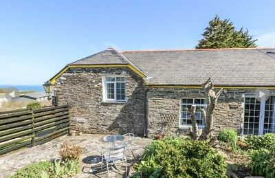 Holiday cottage to rent in Tintagel