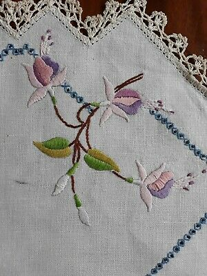 Vintage Embroidered Doilie Centre Piece with fuchsia flowers 44.5cm