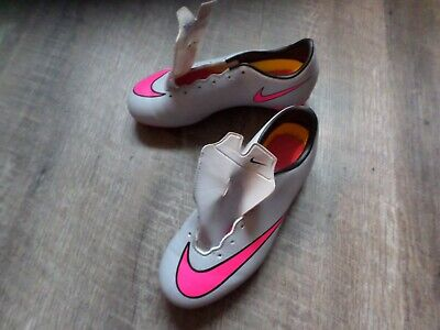 low priced 3dd20 083d1 Nike jeunesse Football Chaussures