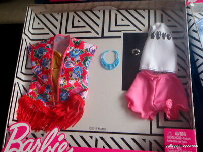 """SUMMER Barbie  """"DOUBLE FASHION SWIMWEAR PACK """" NRFB 2018 six pieces NEW-NO DOLL"""