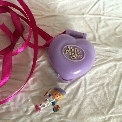 Polly pocket PRETTY PICTURES LOCKET avec son personnage