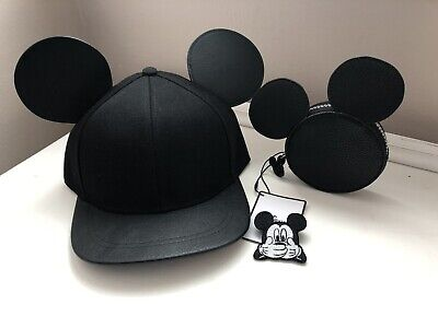 Bnwt Faux Leather Disney Mickey Mouse Cap ,purse,badge disneyland Adult/teen