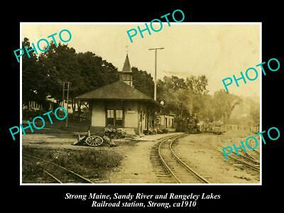 OLD POSTCARD SIZE PHOTO OF STRONG MAINE THE SANDY RIVER RAILROAD STATION c1910