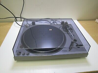 Technics Direct Drive Automatic Turntable System SL-1600 w/Manual