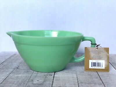 FIRE KING JADEITE Heavy Glass Collection Green Batter Mixing Bowl Spout Handle