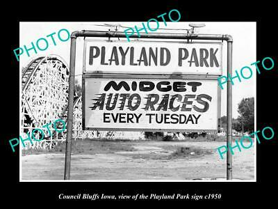 OLD 6 X 4 HISTORIC PHOTO OF COUNCIL BLUFFS IOWA, THE PLAYLAND PARK SIGN c1950