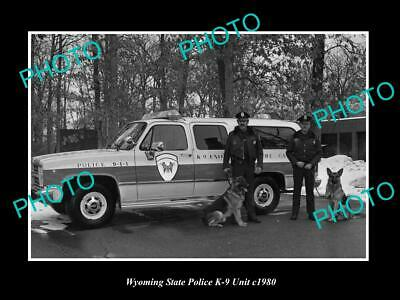 OLD POSTCARD SIZE PHOTO OF WYOMING STATE POLICE K-9 DOG UNIT c1980