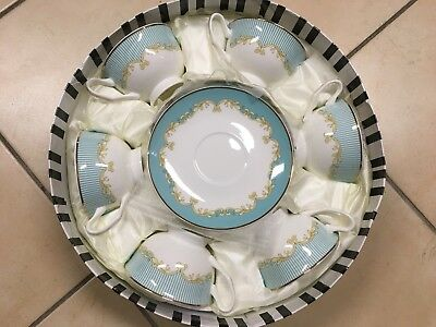 Tea Set With Green Striped Pattern. 6 Cups And 6 Saucers. Fine Bone China.
