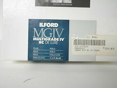 """Lot of 29 5"""" x 7"""" sheets of Ilford MGIV RC Deluxe Print Paper"""