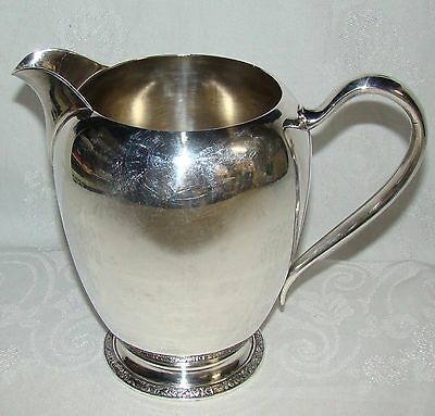 Vintage Oneida Ashby Pattern 3697 Silverplate Footed Water Pitcher