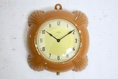 VINTAGE 1930s METAMEC DEREHAM BAKELITE ART DECO ELECTRIC WALL CLOCK