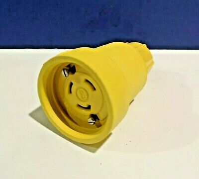 Woodhead 29W08 Yellow Watertite Connector 30A 250V 3 Pole 3 Wire NEW Imperfect