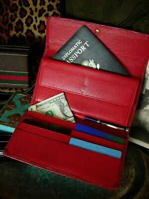 Very Vintage LOUIS VUITTON Red Epi Long Tresor Wallet Handbag Accessory LV