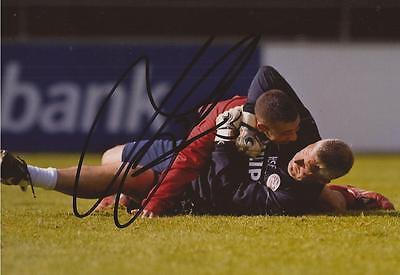 PSV EINDHOVEN: HANS SEGERS SIGNED 6x4 ACTION PHOTO+COA