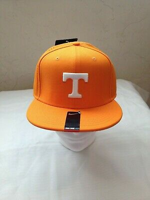 big sale a220d 9b9ac Tennessee Volunteers Nike Dri Fit Fitted hat 7 1 4 Orange