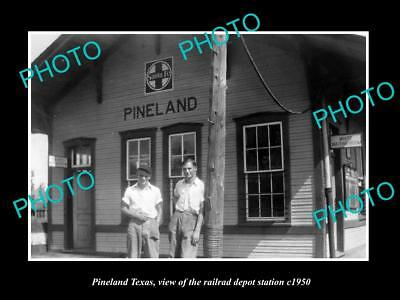 OLD LARGE HISTORIC PHOTO OF PINELAND TEXAS, THE RAILROAD DEPOT STATION c1950