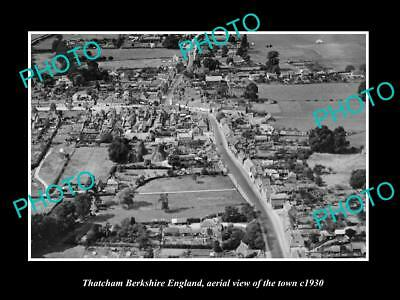 OLD LARGE HISTORIC PHOTO OF THATCHAM BERKSHIRE ENGLAND, VIEW OF THE TOWN c1930 1