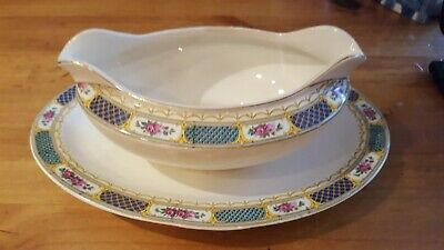 Homer laughlin GRAVY BOAT ROSE PINK, GREEN TRIM ATTACHEF UNDERPLATE D30N