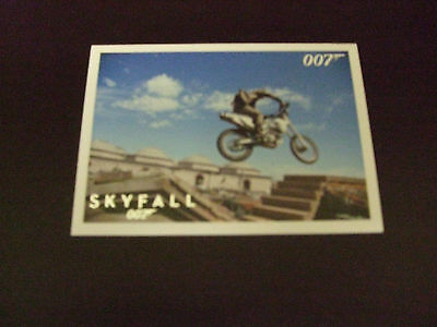 James Bond Artifacts & Relics Skyfall Silver Parallel Trading Card