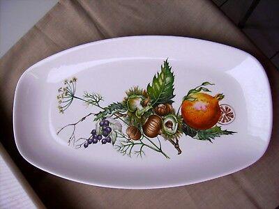 Plat «Villeroy & Boch» Made in Luxembourg Dimensions: 36 cm x 20 cm x 2.5 cm,
