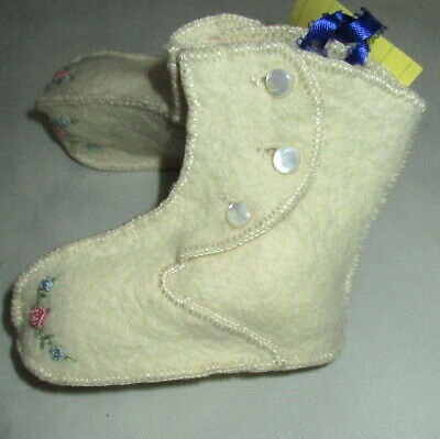 Vintage Wool Felt Shoes Booties Embroidered Moccasin Baby Mother Pearl Buttons