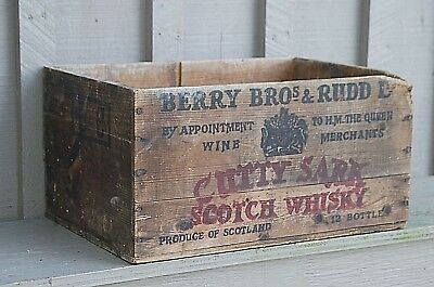 Vintage Cutty Sark Scotch Whisky Wooden Shipping Crate Scotland Berry Bros. Rudd