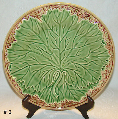 "Bordallo Pinheiro PORTUGAL New Vine Pattern 10 1/2"" Dinner Plate # 2"
