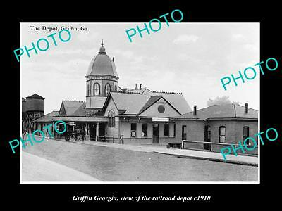 OLD LARGE HISTORIC PHOTO OF GRIFFIN GEORGIA, THE RAILROAD DEPOT STATION c1910