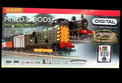 hornby train set R1075, 00 Gauge, Digital. with other rolling stock and Track