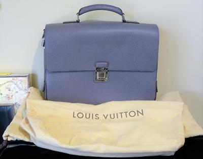 55f94cd56243 Louis Vuitton Grey Taiga Leather Vassili GM Taiga Glacier Briefcase M32638