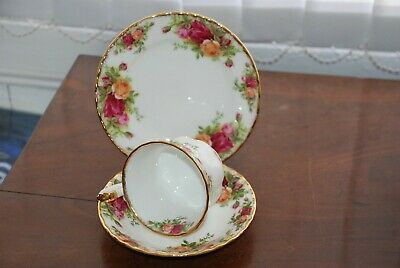 Royal Albert Old Country Roses Tea Cup, Saucer & Side Plate Trio
