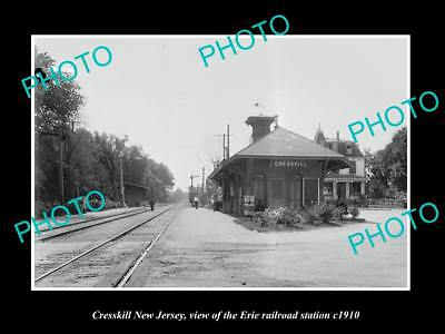 OLD LARGE HISTORIC PHOTO OF CRESSKILL NEW JERSEY, ERIE RAILROAD STATION c1910 2