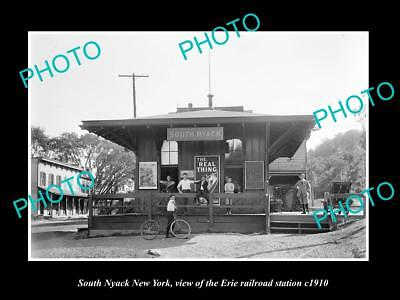OLD LARGE HISTORIC PHOTO OF SOUTH NYACK NEW YORK, ERIE RAILROAD STATION c1910