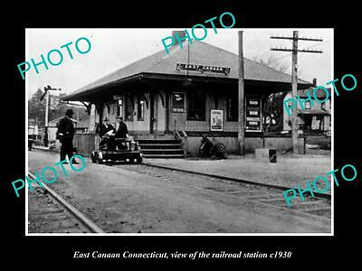 OLD LARGE HISTORIC PHOTO OF EAST CANAAN CONNECTICUT, THE RAILROAD DEPOT c1930