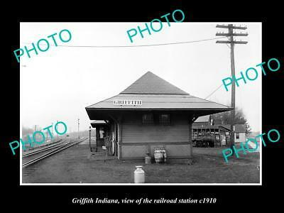 OLD LARGE HISTORIC PHOTO OF GRIFFITH INDIANA, ERIE RAILROAD STATION c1910 2