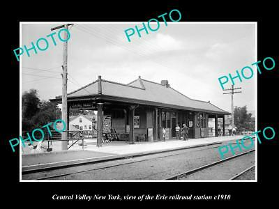 OLD LARGE HISTORIC PHOTO OF CENTRAL VALLEY NEW YORK, ERIE RAILROAD DEPOT c1910 2