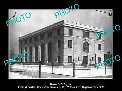 OLD LARGE HISTORIC PHOTO OF DETROIT MICHIGAN, THE FIRE DEPARTMENT STATION c1920