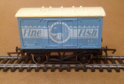 Fine Fish Pale Blue 00 Box Van Used Condition (629)