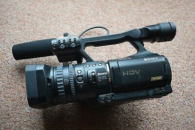 Sony HVR-V1E Digital HD Video Camera and condenser Mic. Good Used condition