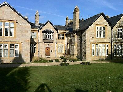 Luxury Holiday Apartment in Grade II Listed Manor House with Pool - Early April