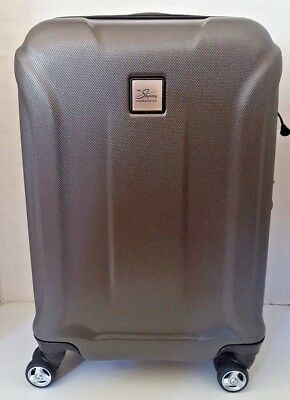 """Skyway Spinner Carry-On 21"""" Hardcase Grey Expandable Carry On Suitcase"""
