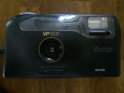 VIVITAR VP 1500 Focus Free 35mm Film Camera with Built In Flash and Wrist  Strap