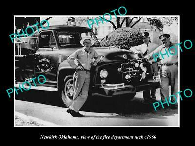 OLD LARGE HISTORIC PHOTO OF NEWKIRK OKLAHOMA, THE FIRE DEPARTMENT TRUCK c1960