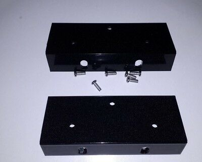Rack ears to fit Kurzweil K2500R K2000R rack sampler with mounting screws