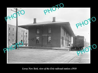 OLD LARGE HISTORIC PHOTO OF LEROY NEW YORK, ERIE RAILROAD STATION c1910