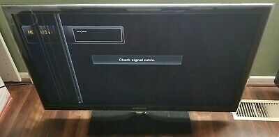 SAMSUNG LED FLATSCREEN TV UN40C6300SF for parts only line on screen works