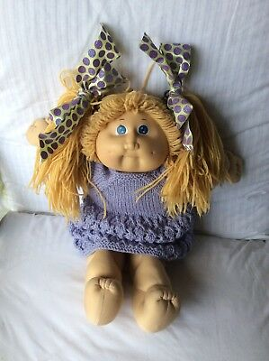 CABBAGE PATCH DOLL wool pigtails  vintage