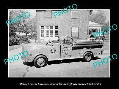 OLD LARGE HISTORIC PHOTO RALEIGH NORTH CAROLINA, THE FIRE STATION TRUCK c1950