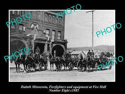 OLD LARGE HISTORIC PHOTO DULUTH MINNESOTA, THE No 8 FIRE STATION & CREW c1885